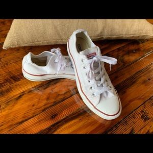 White Converse Chuck Taylor All Star shoes